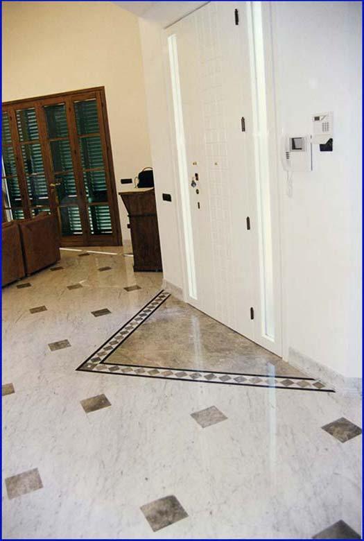 Pavimento marmo nero e bianco la scelta giusta variata for Pavimento bianco e nero